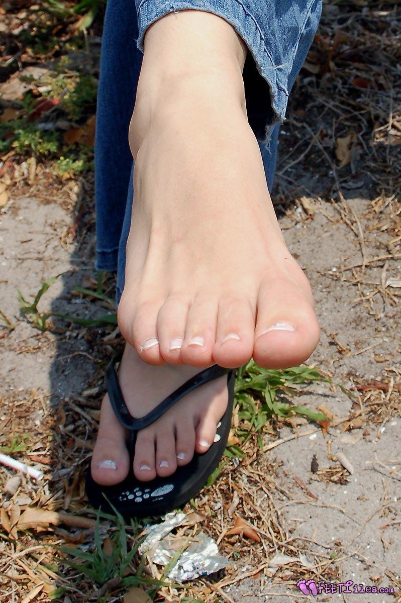 Женские прекрасные ножки (130 фото)